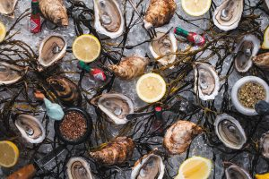 East Coast Oysters at Lucky Shuck